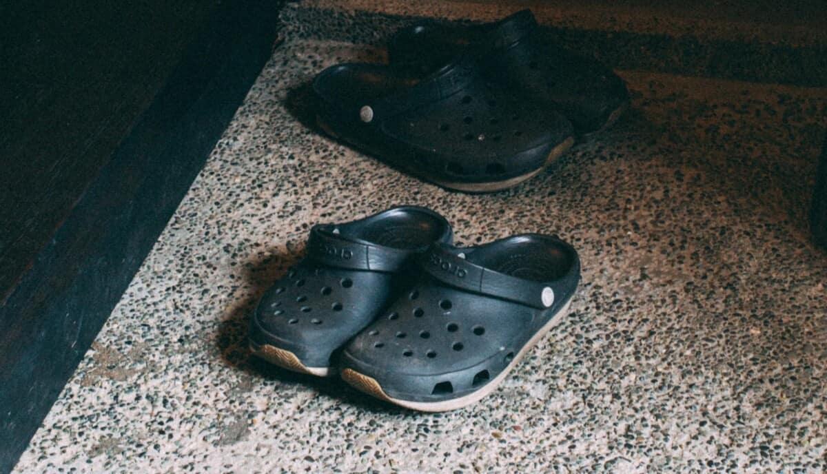 11 Best Vegan Nursing Shoes for Being